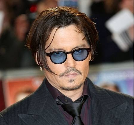 johnny-depp-in-moscot-lemtosh-tortoise-lenti-blu